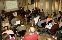 La sala d'actes es va omplir per escoltar la xerrada-presentació